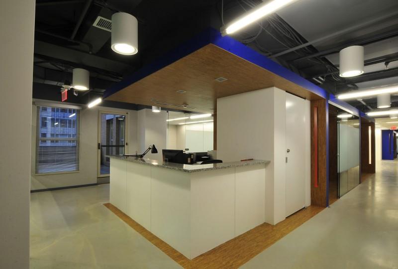SmartBrief-CEO-Admin-Desk